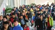 银川火车站迎来首个客流高峰