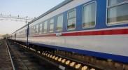 """新疆开行""""相约敦煌""""旅游列车 加快丝路带沿线旅游开发"""
