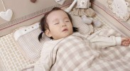 宝宝月龄不同 选枕头各有讲究
