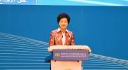 宁夏回族自治区党委副书记、自治区主席咸辉主持开幕大会