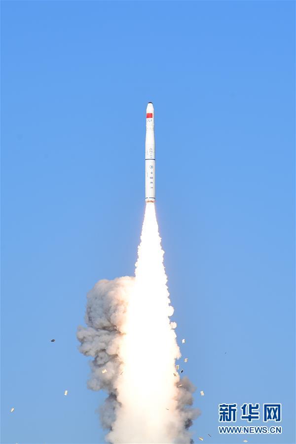 """(科技)(1)我国成功发射""""吉林一号""""光谱01/02星 搭载发射灵鹊-1A星和潇湘一号03星"""
