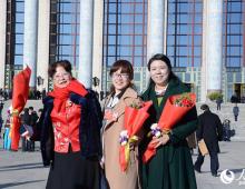 """高清:女性委员尽显""""风采""""  焕发新时代的巾帼力量"""