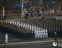 5时50分:受阅部队开始列队整装