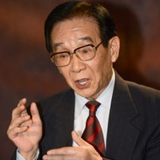 步鑫生:城市集体企业改革的先行者