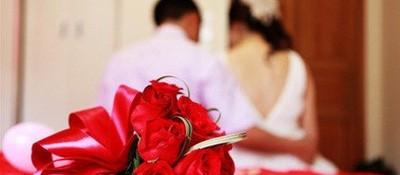 低俗婚闹变了味、跑了调 媒体:曲解传统漠视法律