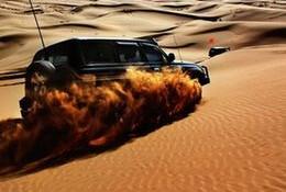 """""""沙漠变黄金"""",沙上运动风靡内蒙古"""