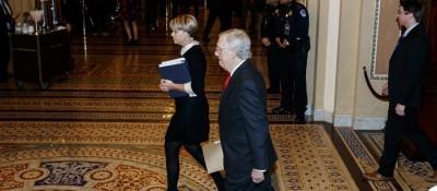 美國會參議院開始正式審理特朗普彈劾案