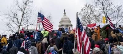 """评论:暴乱不是风景线——美国政客应摒弃虚伪和""""双标"""""""