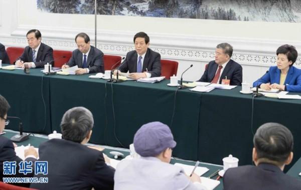 栗战书参加宁夏代表团审议