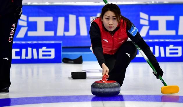 冰壶——青海国际精英赛:中国女子A队胜瑞士队
