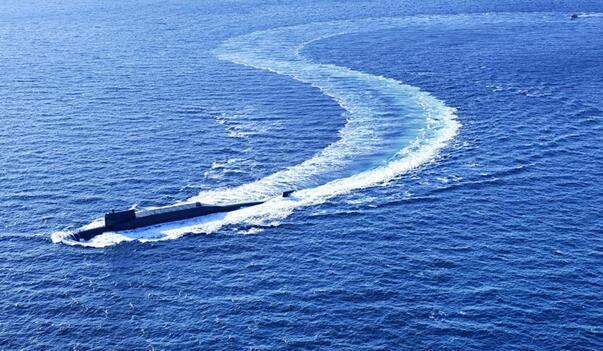 人民海军70年丨向着深蓝出发——献给人民海军成立70周年