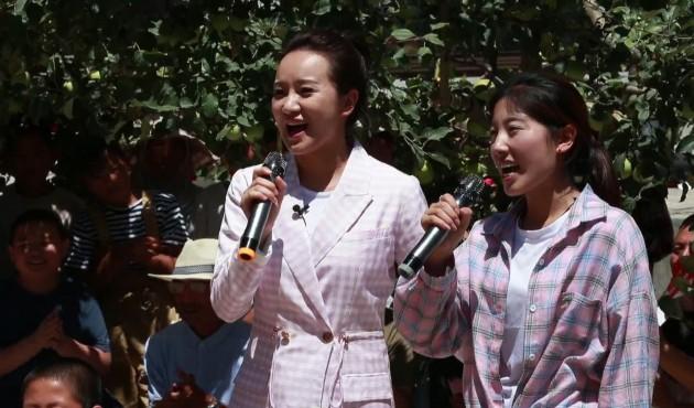 """中央广播电视总台""""记者再走长征路""""文艺小分队来西吉啦!"""