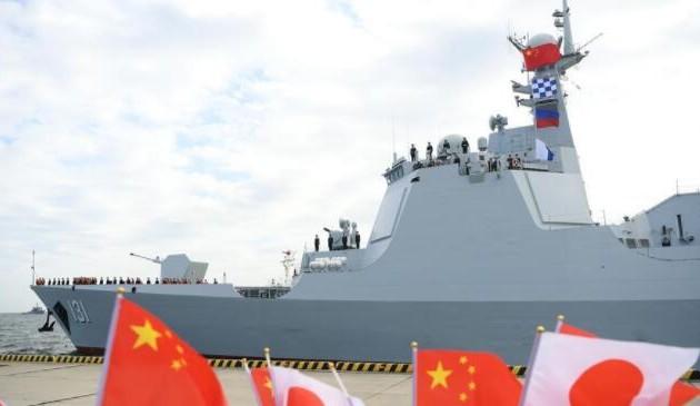 中国海军舰艇抵达日本将参加国际舰队阅舰式