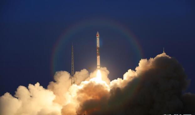 全球多媒體衛星系統α階段A、B衛星成功發射