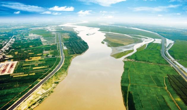 《求是》雜志刊登陳潤兒署名文章:精心呵護母親河 建設美麗新寧夏