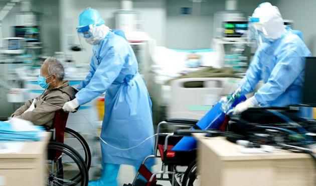"""在戰""""疫""""大考中不斷進步——中國抗疫治理能力的生動實踐"""