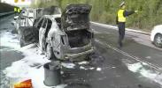 今早银西高速公路发生一起交通事故 导致两车起火 -2018年4月5日